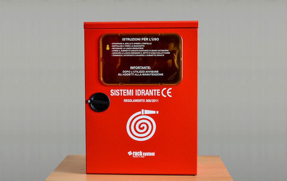 Vendita casette con idranti manichette lance 2 for Manichette per irrigazione prezzi